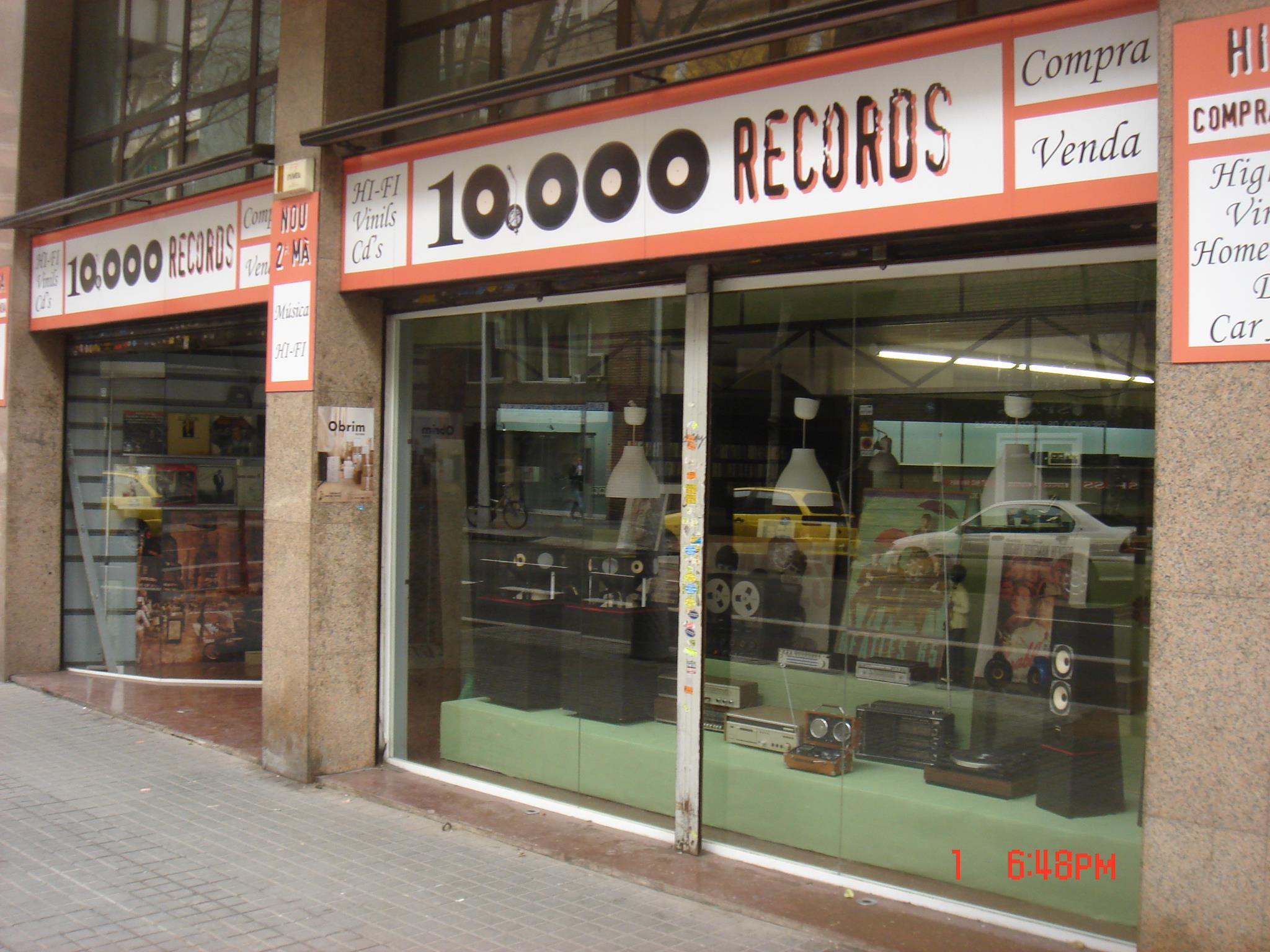 10,000 Records