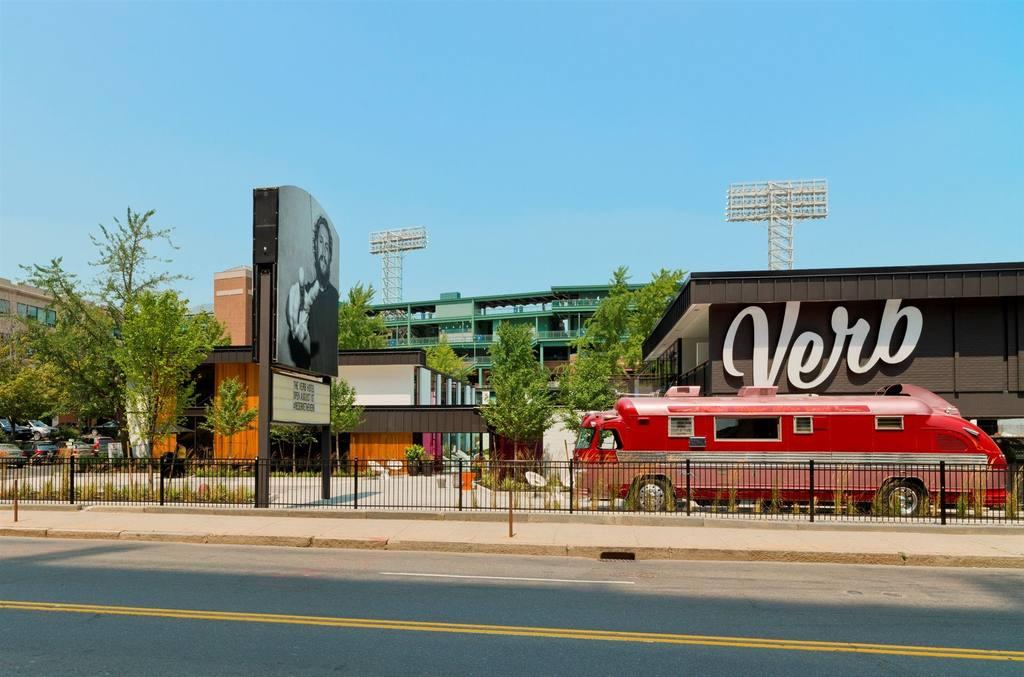 THE VERB, BOSTON